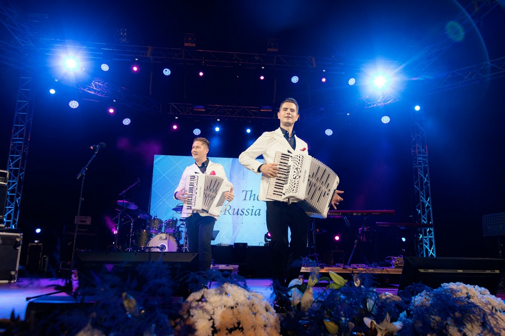 cyprus russian galg 2019 The Bondarenko Brothers